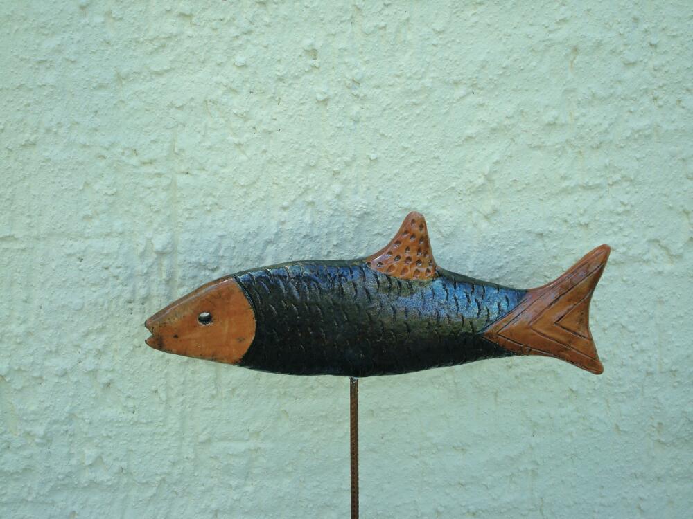 Schwebender Fisch, blau