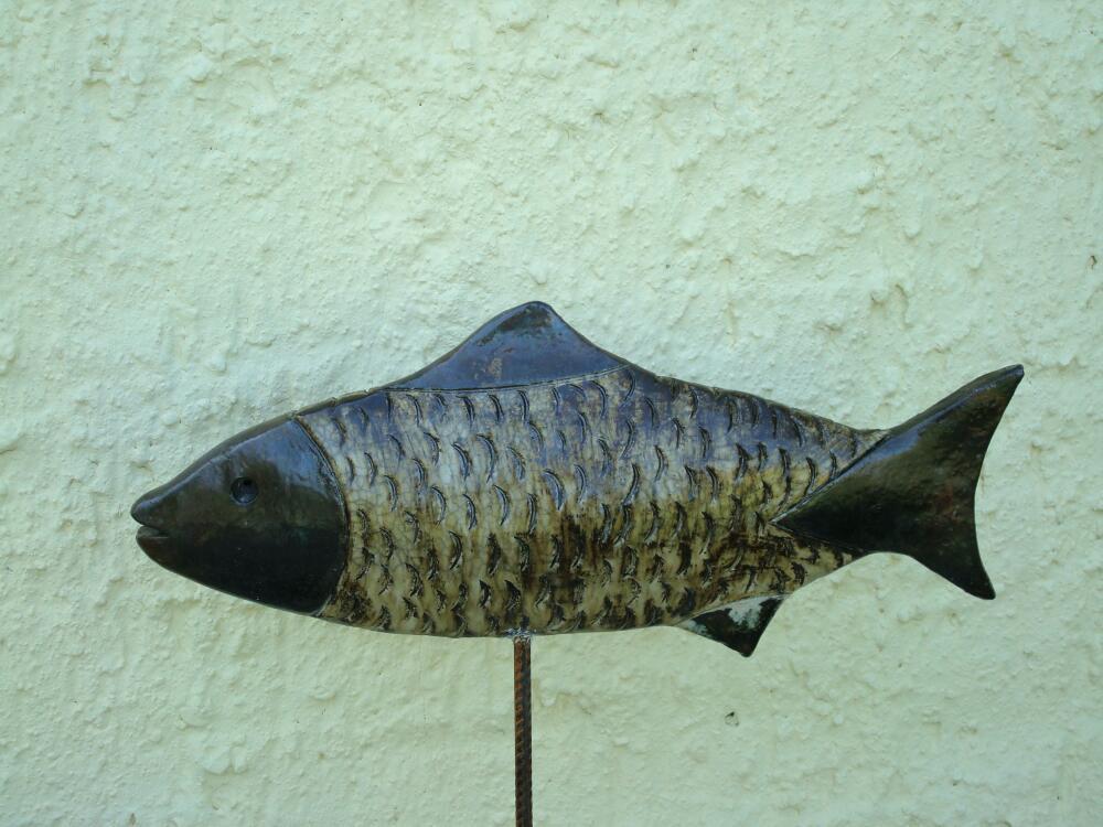 Schwebender Fisch, grün
